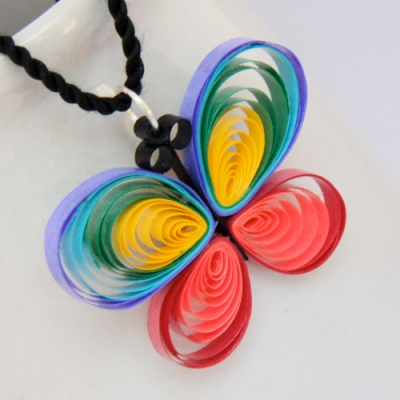 butterflyrainbow pendant1